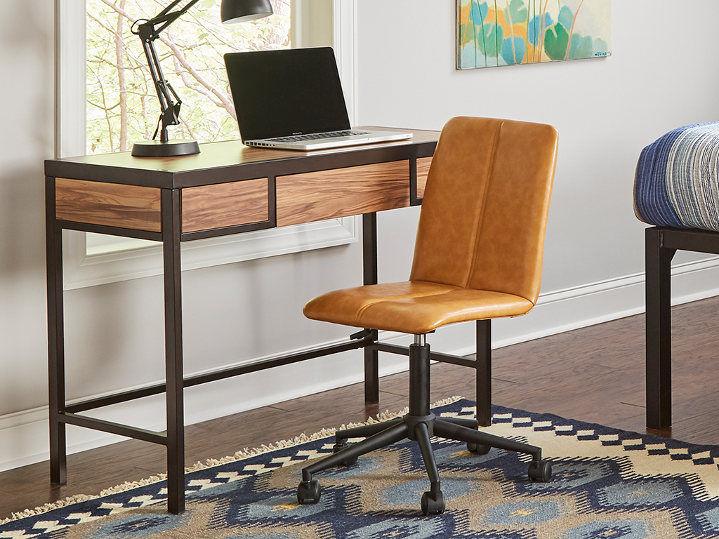 F3 club desk for students