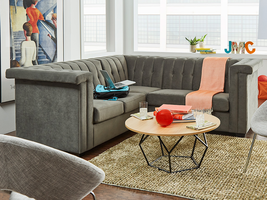 F3 iLive tufted sofa for student housing