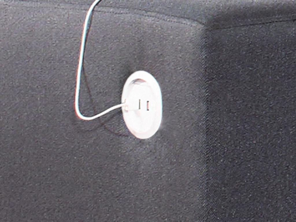 f3 smart tech with USB ports